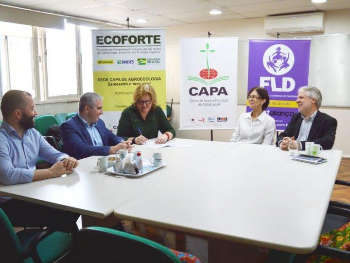 FLD-CAPA assina convênio com FBB para apoio a projeto na área da agroecologia