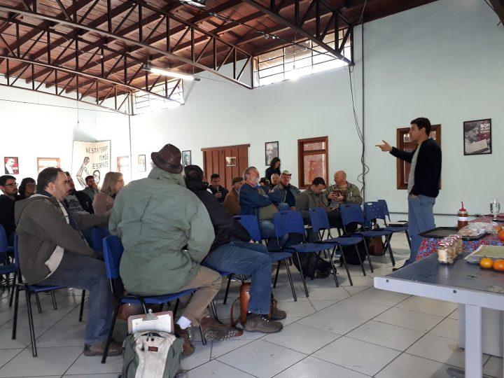 Mutirão promove conhecimento sobre certificação agroflorestal