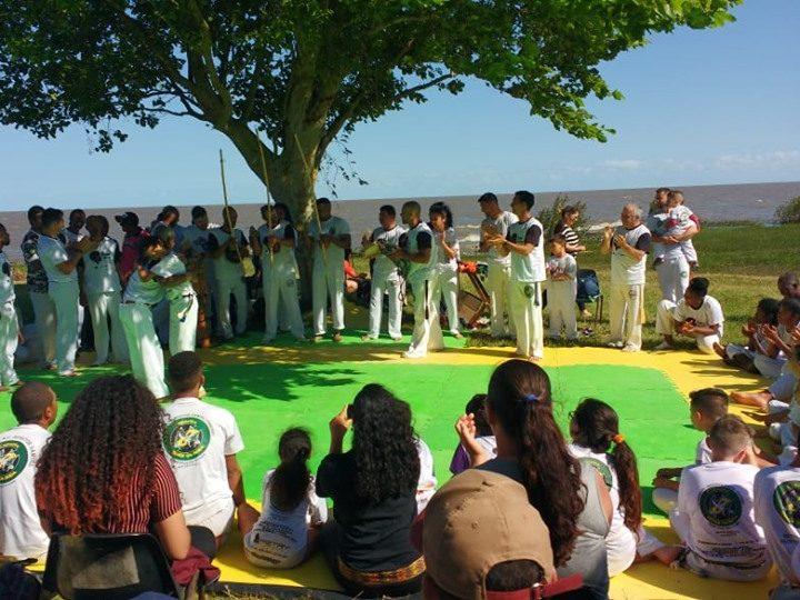 Batizado de capoeira e segundo ginga menina reuniu mais de 200 pessoas em São Lourenço do Sul