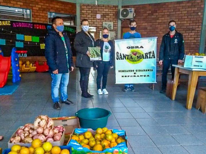 Família agricultura doa 460 quilos de alimentos saudáveis à Obra Santa Marta em Erexim